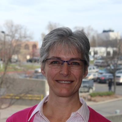 Julie Zinger